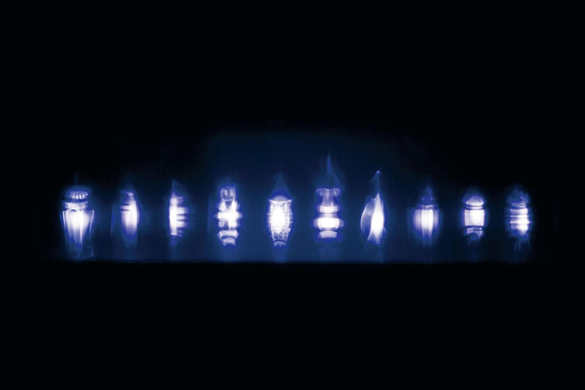[上野 恵美] 『プロジェクションによるカタチの発見 −日常の中の非日常−』
