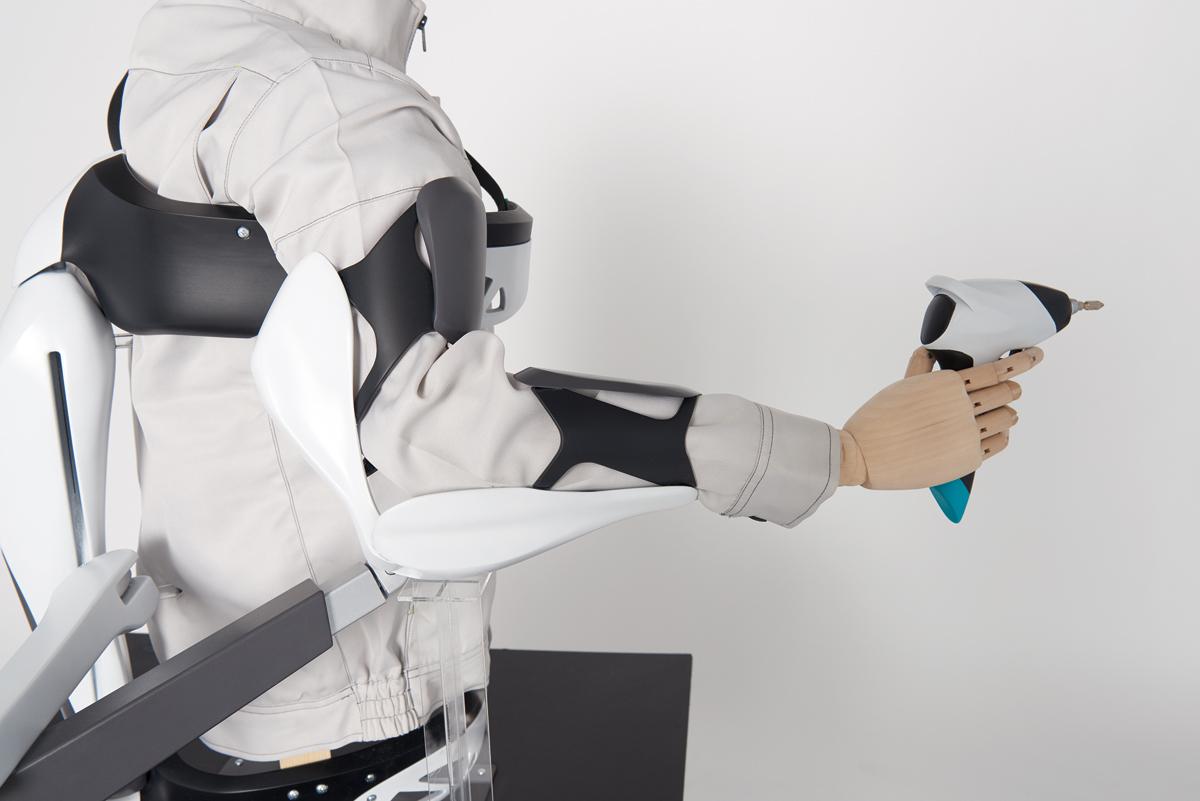[植南 雄也] 『Flex —電動工具使用時のパワーアシスト—』