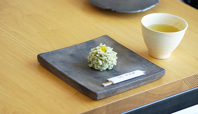 写真:うつわと和菓子