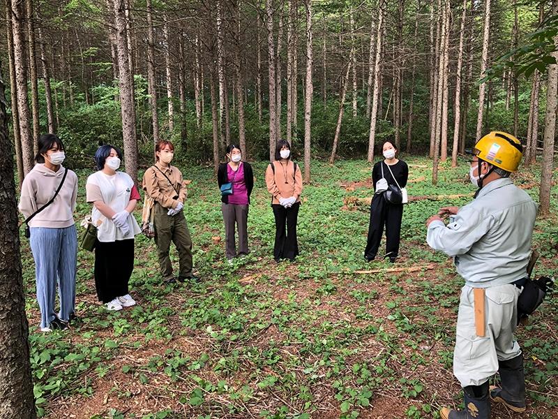 創造力を育む学びと地域価値創造 −北海道森町と武蔵野美術大学の産官学プロジェクト−